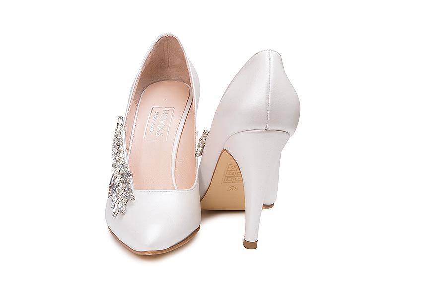 Completare pantofi mirese alb modele 2020 poze